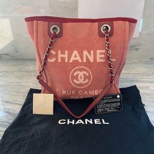 Chanel Deauville shoulder bag